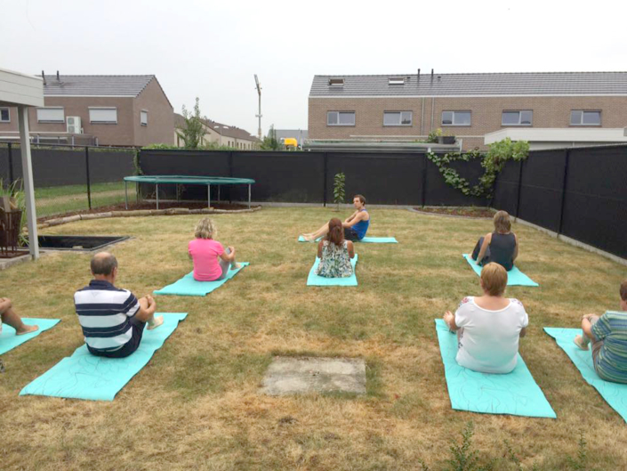 body flow temse workshop in tuin